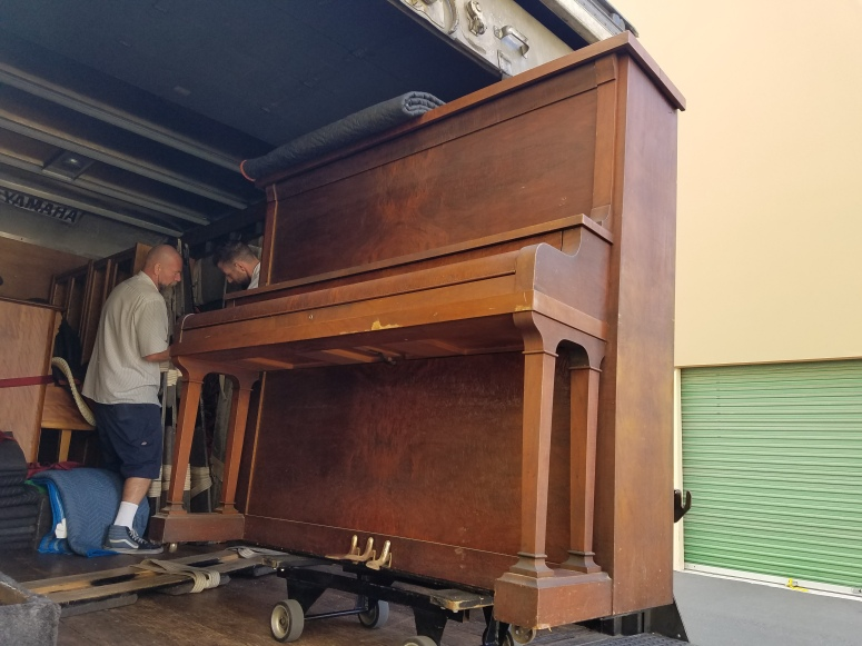 movingday4piano2